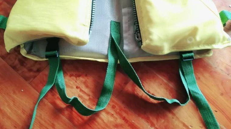 シュノーケリンググッズのライフジャケット